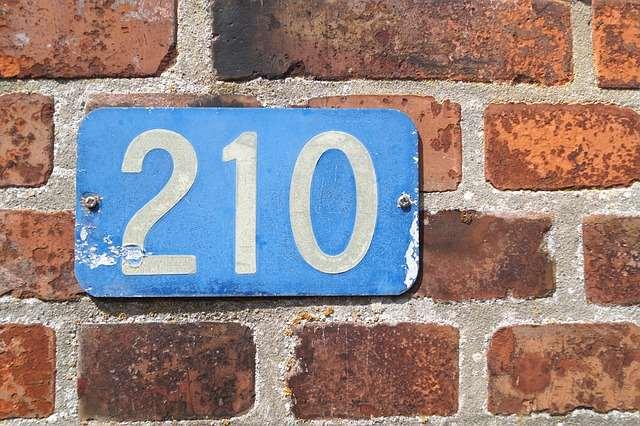 plaque de numéro de maison en métal (210)